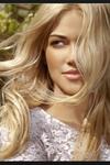 coiffeuse à domicile nice coloration cheveux longs blond lumineux